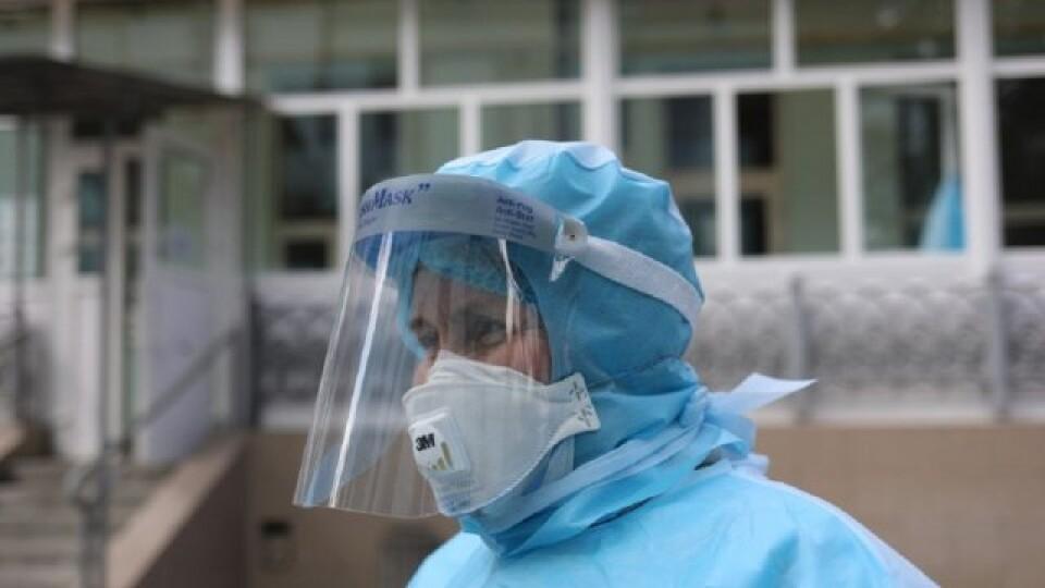 Шмигаль заявив, що захворюваність на коронавірус в Україні стабілізувалася