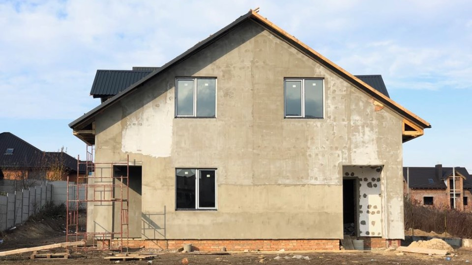 Кухня-студія, три спальні: у Липинах продають затишний 2-поверховий  будинок. ФОТО. ВІДЕО