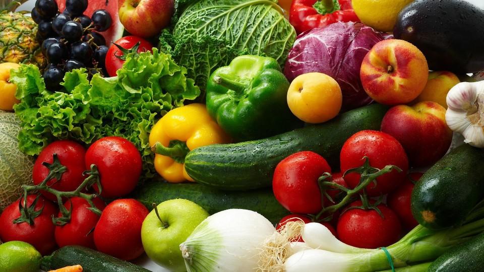 На Волині найбільше подорожчали овочі та фрукти