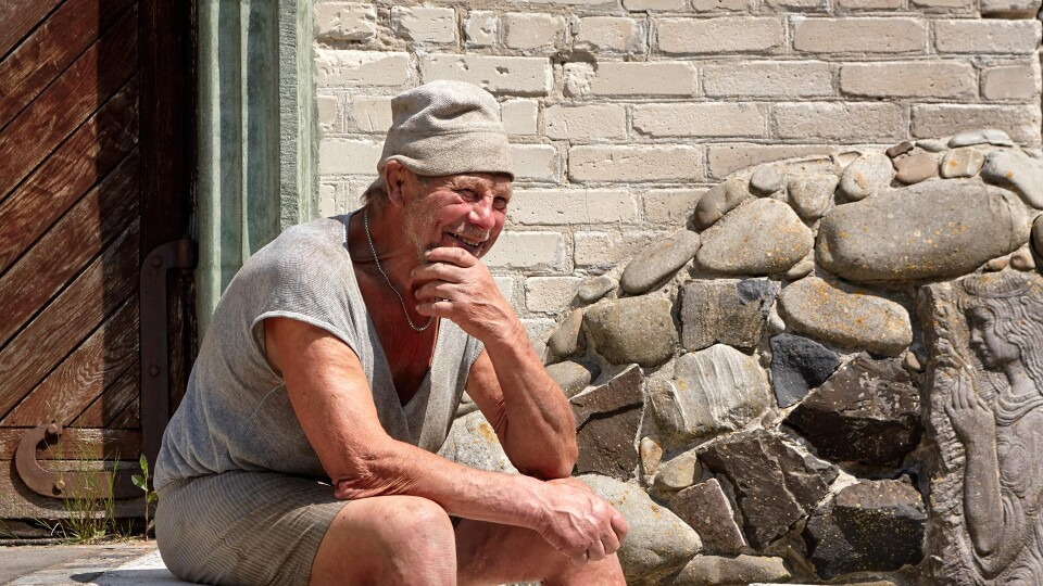 «Часто питають, коли то все закінчу, а мене це дратує»: історія луцького скульптора Голованя