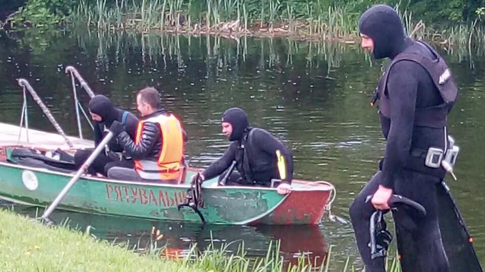 У Ковелі дайвери-активісти розчистили дно річки