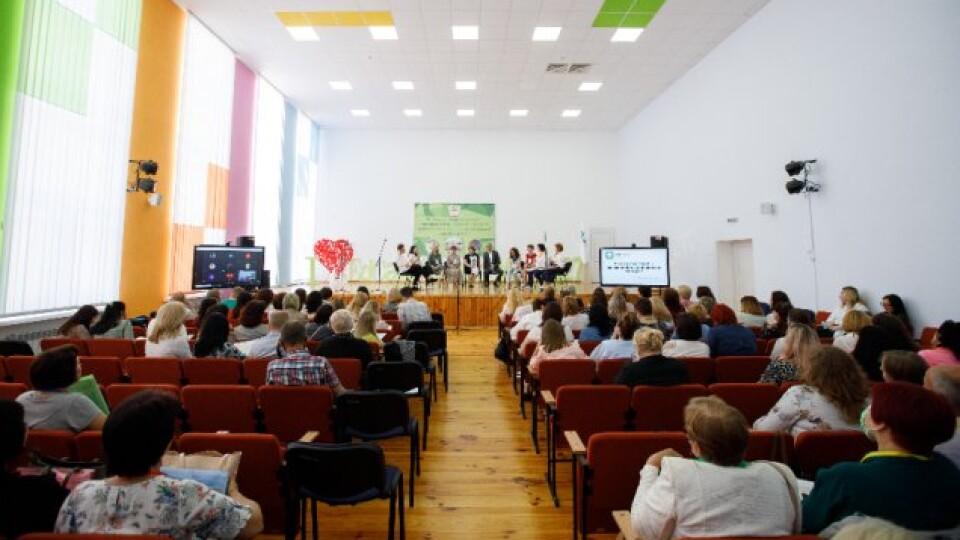 Вперше у Луцьку відбулася (не)конференція педагогів. ФОТО