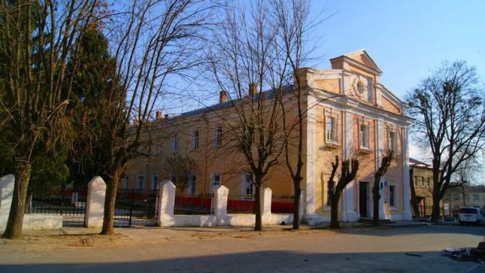Луцький військовий госпіталь хочуть переселити, а в його приміщенні – зробити музей