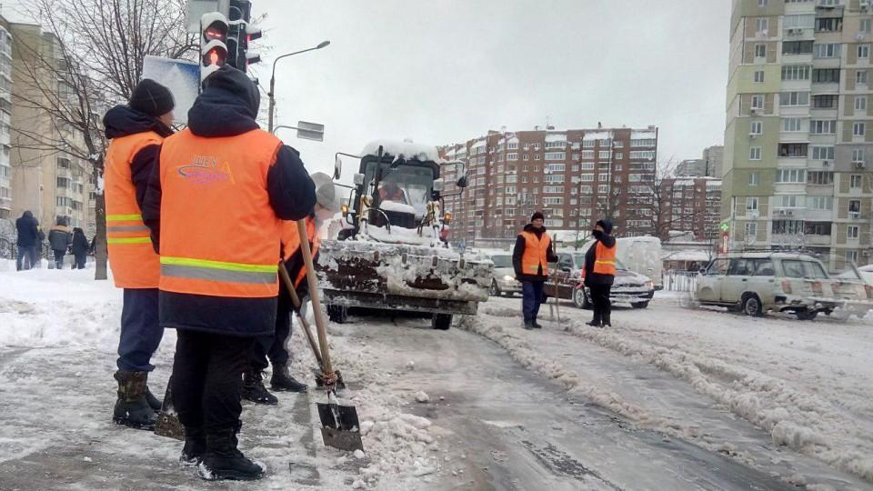 «В Польщі теж в один момент не чистять всі дороги, але ніхто не галасує», - Пустовіт