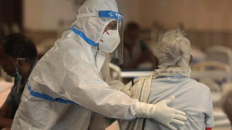 За минулу добу коронавірус виявили у 1247 українців. Статистика