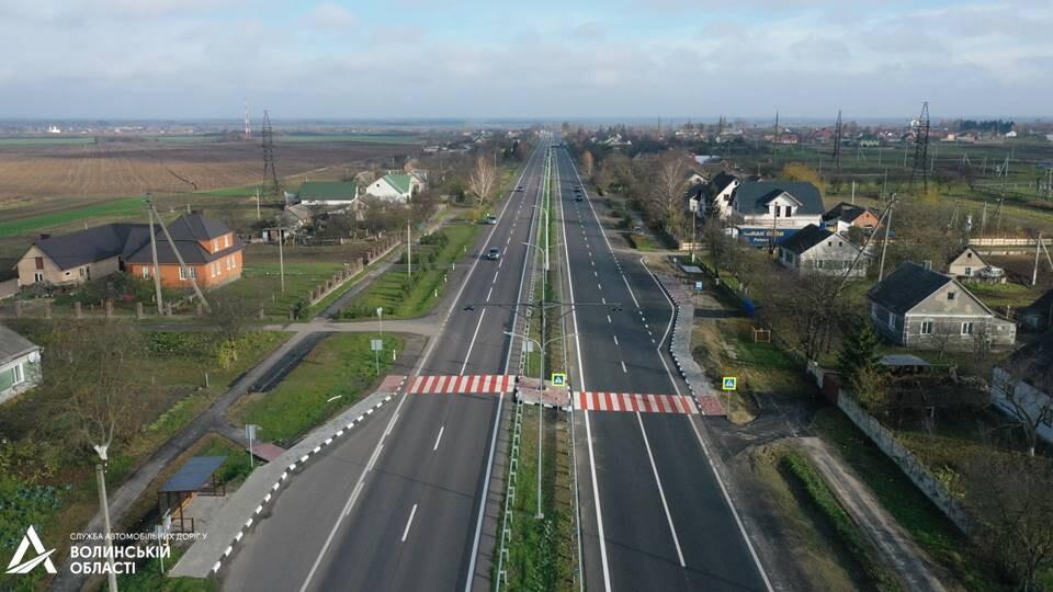 Дорогу у Піддубцях біля Луцька повністю відремонтували. Показали, якою вона стала