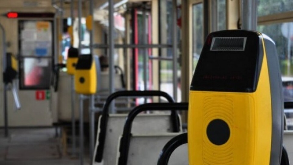 У тролейбусах почали встановлювати валідатори. Лучан попереджають про незручності
