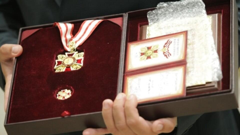 За професіоналізм та милосердя: як і хто з волинян може отримати  «Орден Святого Пантелеймона»