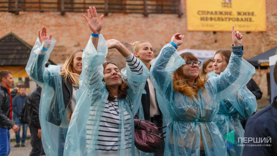 Epolets у Луцьку: холод і дощ – не завада. ФОТО