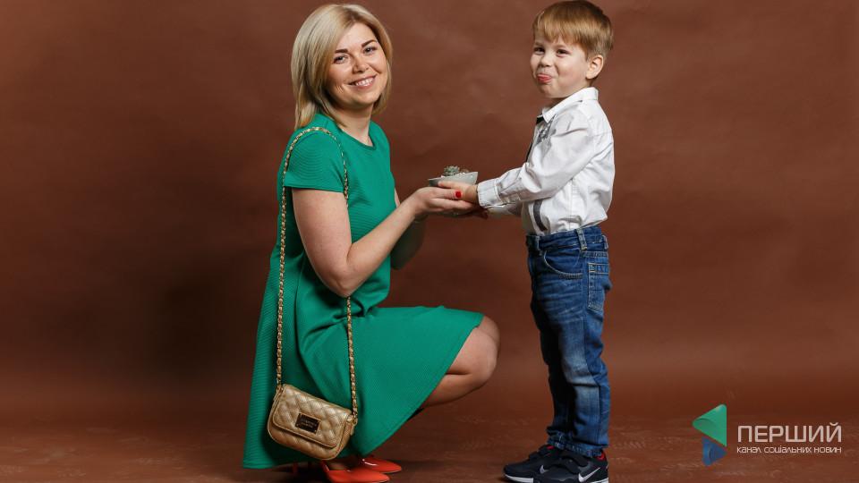 Мама на стилі: натхненна Людмила та енергійний Арсен