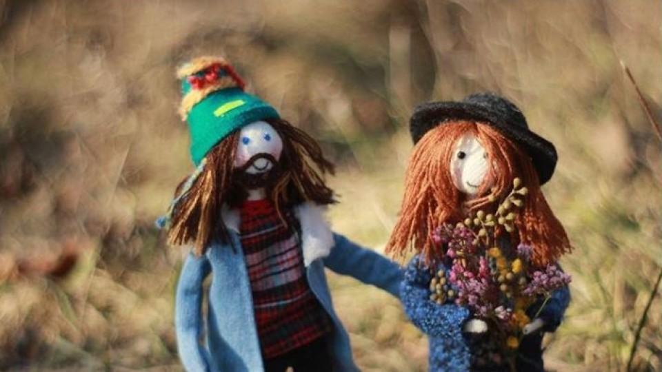Унікальні ляльки майстрині з Луцька «зіграли» у мультфільмі. ВІДЕО