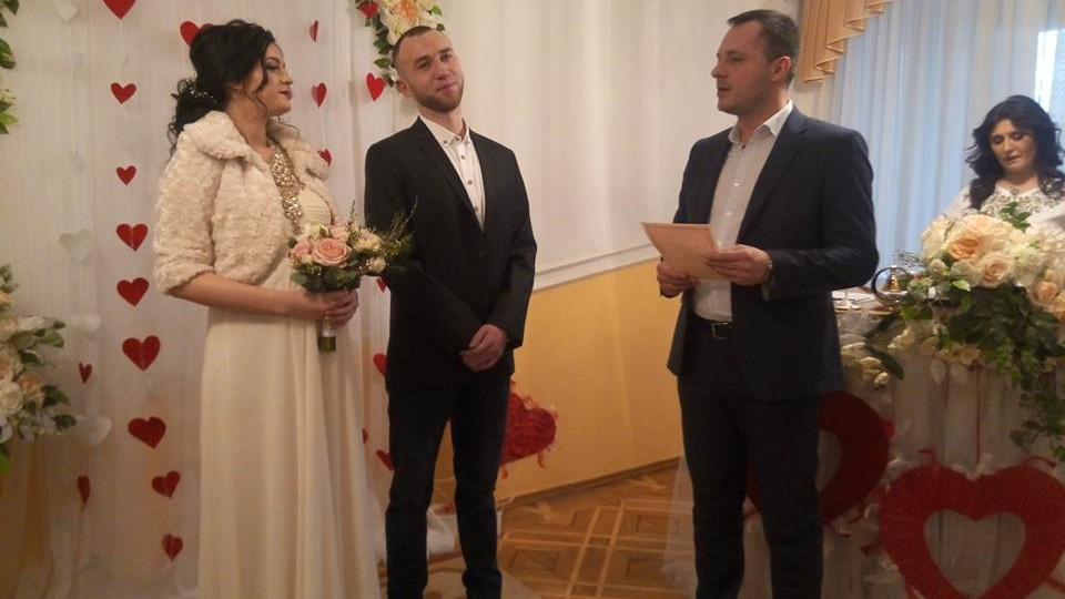 Скільки пар одружились у Луцьку в День святого Валентина