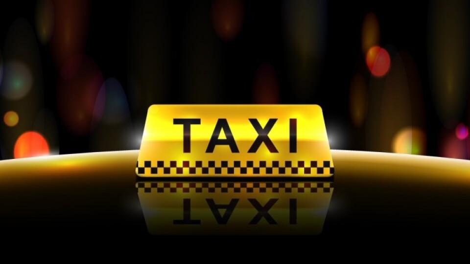 У Луцьку під час карантину працюватимуть 8 служб таксі. Тариф однаковий
