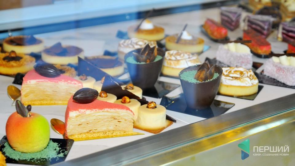 Європейський стиль і вишуканий смак: у Луцьку відкрили бранч-кафе «PUR·PUR». ФОТО