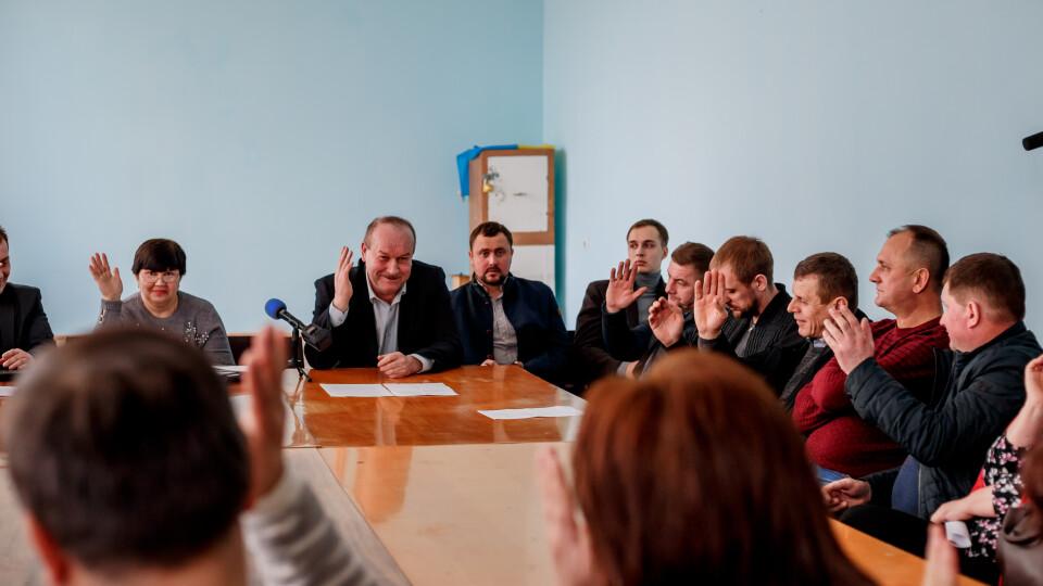 Депутати чи статисти? Як проходять сесії у Підгайцівській сільраді