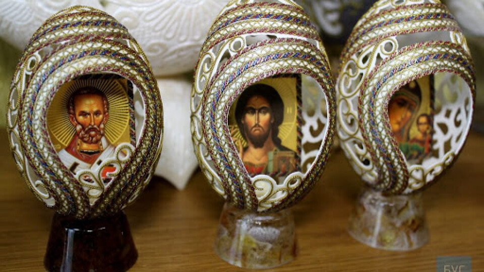 Волинський майстер, який творить шедеври із яєчної шкаралупи, встановить світовий рекорд