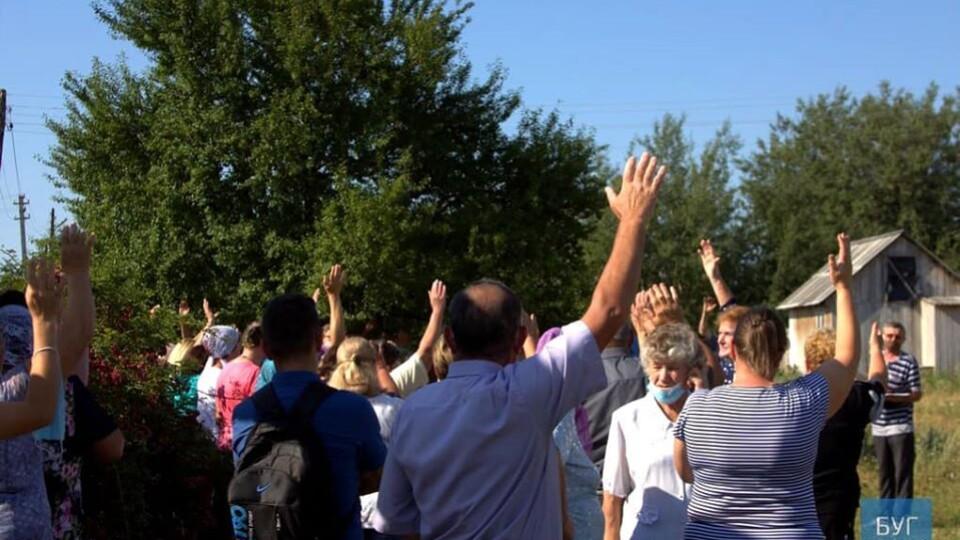 Скандальне привітання Путіну: у селі на Волині люди проголосували за перехід до ПЦУ