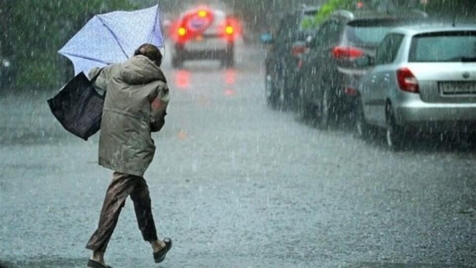 Грози та град: в Україні оголосили штормове попередження