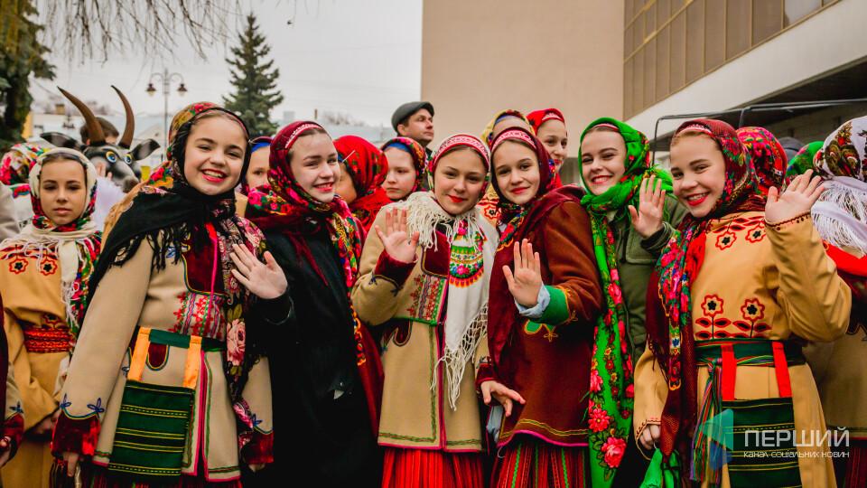 Колядники з Польщі та Литви. У Луцьку стартував фестиваль «Різдво у Луцьку»