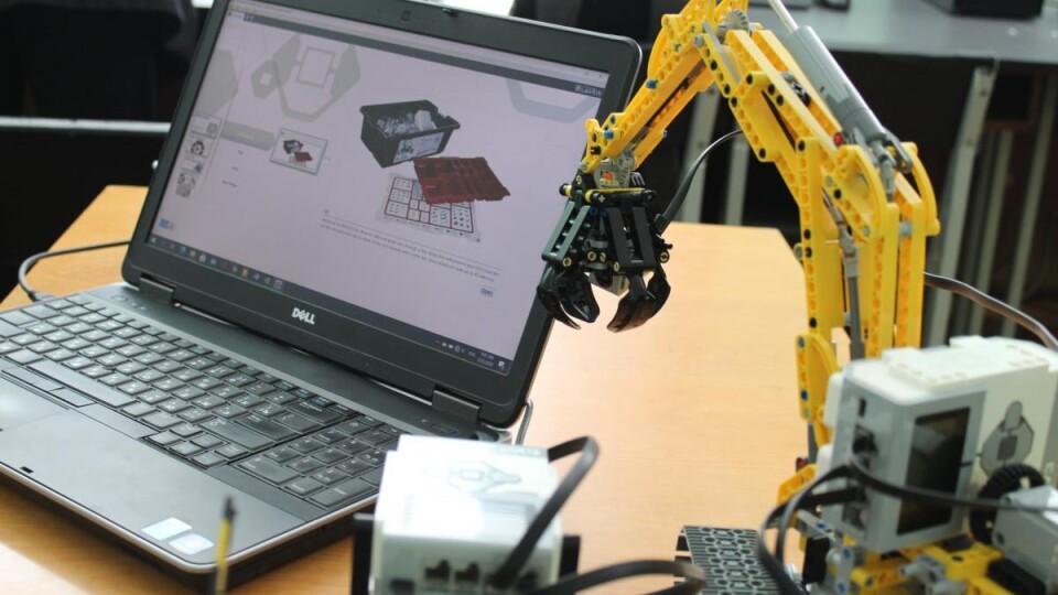 У Луцькому НТУ презентували майстерню робототехніки