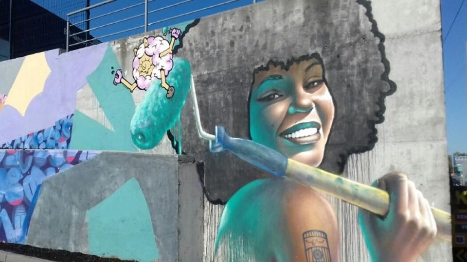 Луцький художник малював найбільше в Європі графіті на заправці. ВІДЕО