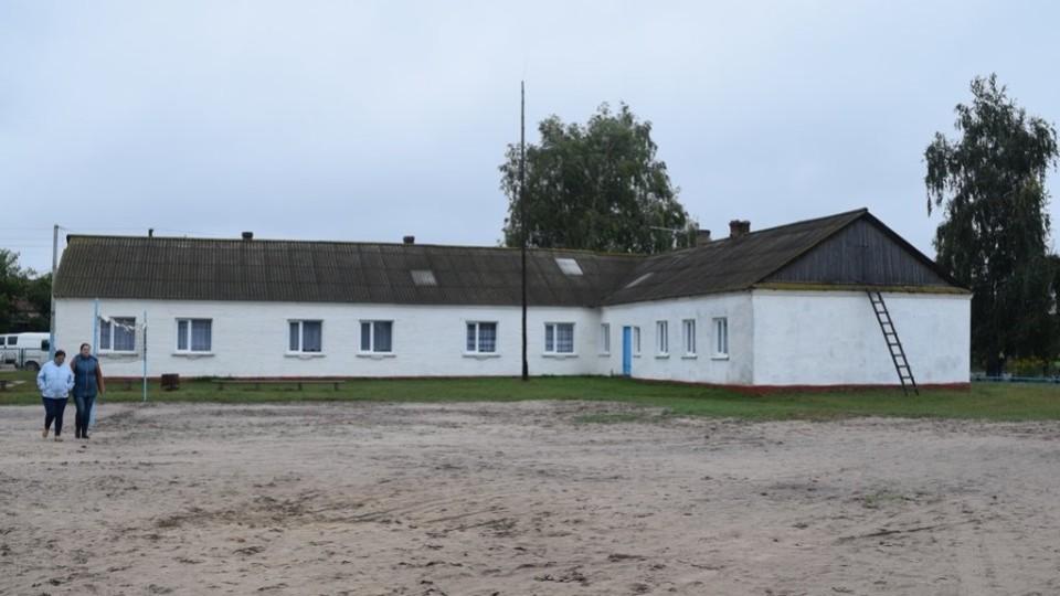 На школі у Стобихівці забудовники готові «спустити» 30 мільйонів. В ОДА кажуть: розбираємось