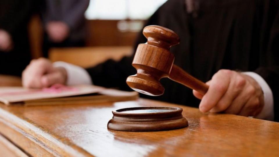 Волинянка судиться, бо їй призначили 25 тисяч податку за автомобіль
