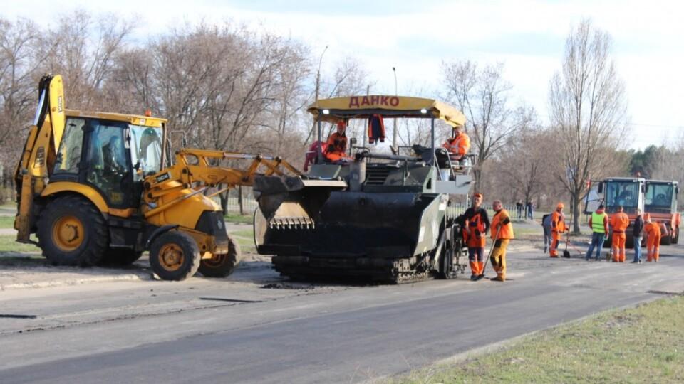 Помічена в криміналі фірма з донецькими коренями зібралась ремонтувати волинські дороги