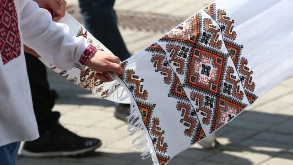 Сьогодні у Луцьку – фестиваль вишитих рушників. Програма