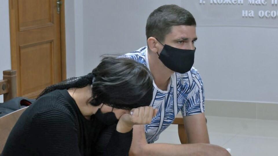 Водій, який збив у Луцьку чоловіка з дітьми, визнав свою провину. Що розповіли потерпілі