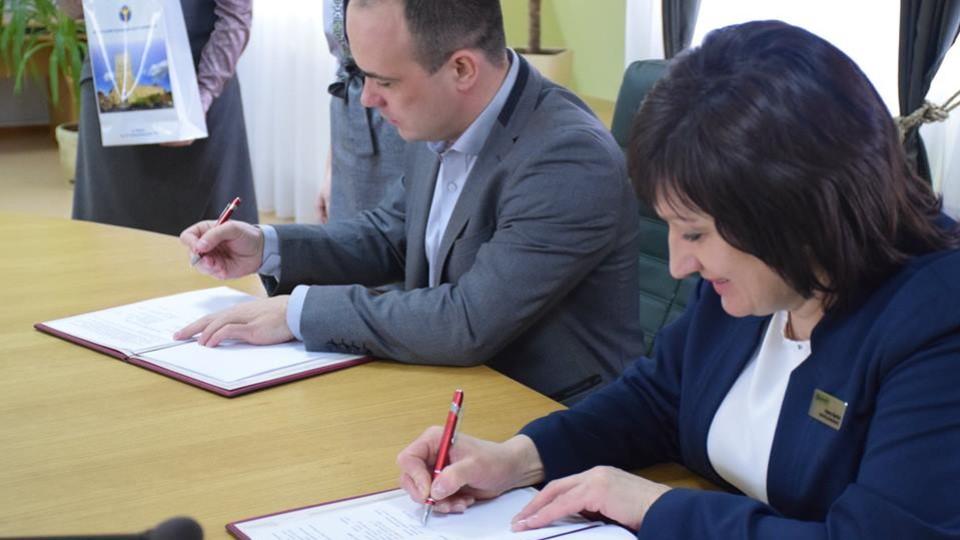 Волинський центр зайнятості почав співпрацю з ЦНАПом. Будуть разом допомагати іноземцям
