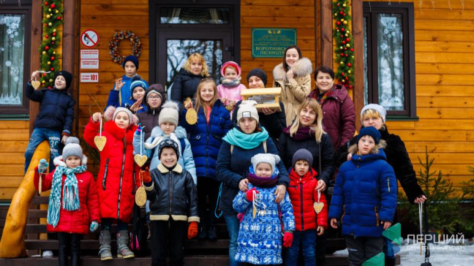 Колядки, хороводи, ласощі: у Воротневі дітям влаштували свято. ФОТО