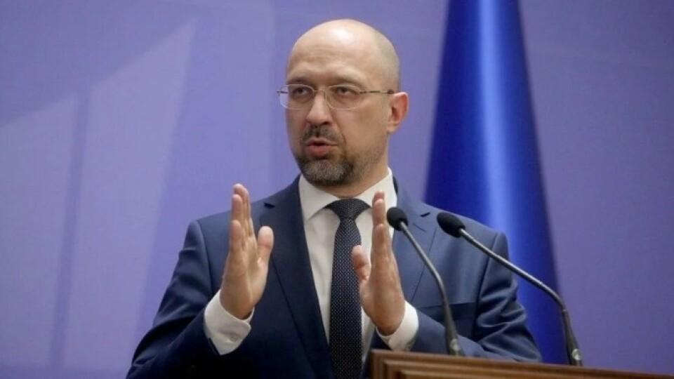 Шмигаль заявив, що до початку жовтня в Україні буде по 3 тисячі хворих на COVID щодня