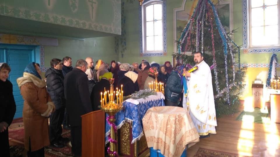 У волинському храмі, який перейшов в ПЦУ, вперше молилися українською. ФОТО. ВІДЕО