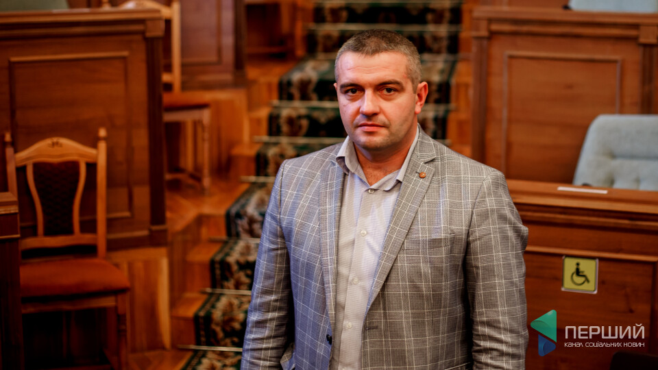 «Не можна помахом руки закривати сільські лікарні», - депутат Волиньради Олег Бегаль