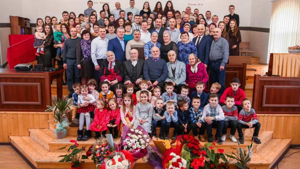 Волинянина із 90-річним ювілеєм вітали 52 онуків та 68 правнуків