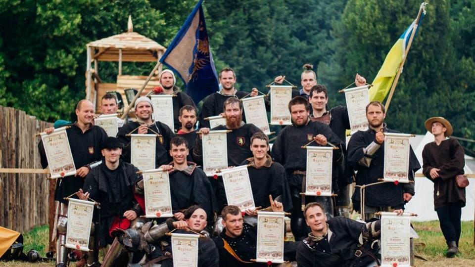 Луцькі лицарі привезли нагороди з наймасштабнішої реконструкції середньовічної битви