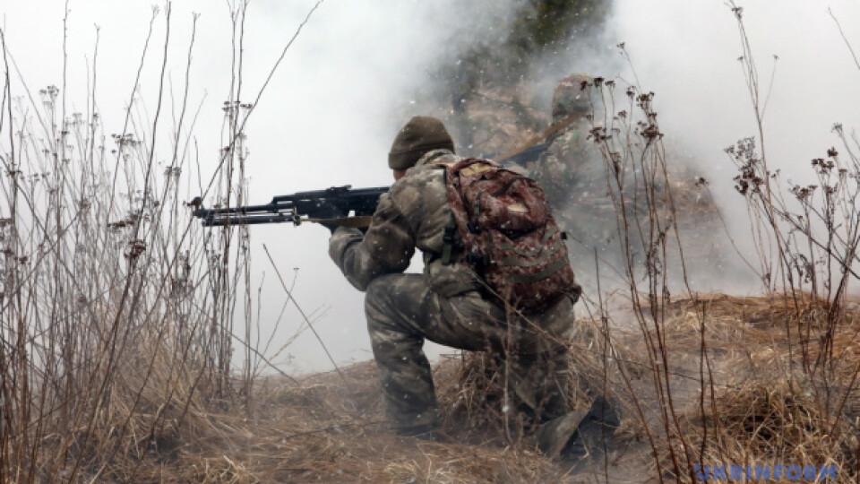 На Донбасі бойовики від початку доби 5 разів відкривали вогонь