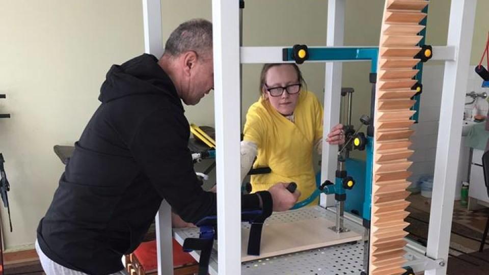 На Волині  лікарня купила нове обладнання для реабілітації пацієнтів. ФОТО