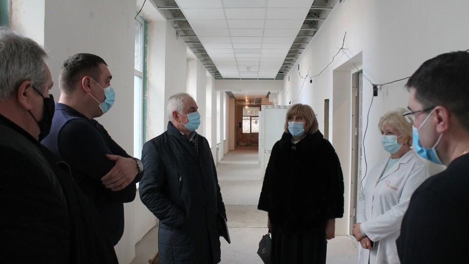 Реконструкція приймального відділення Волинської обласної лікарні вже завершується