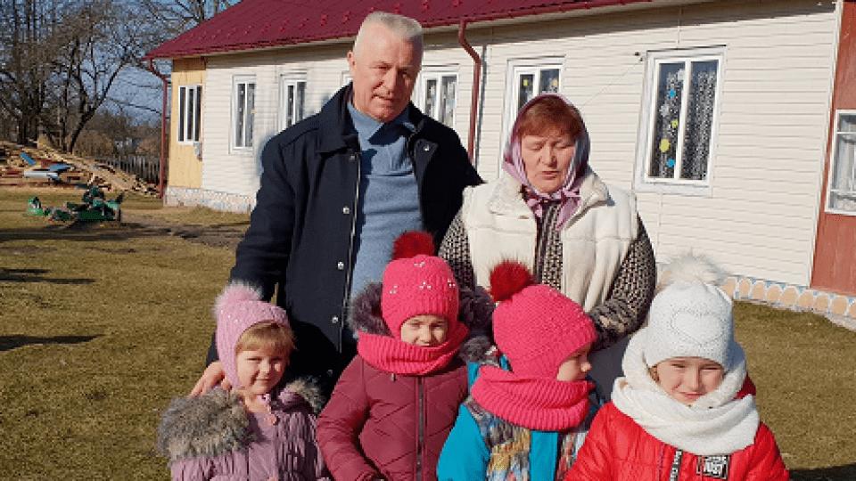 «А скільки обіцянок чули…». В поліських селах ремонтують садочки. ФОТО