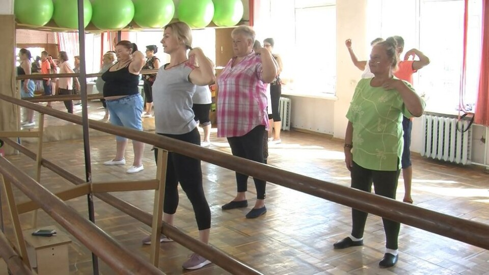 На Волині пенсіонери займаються латиноамериканськими танцями