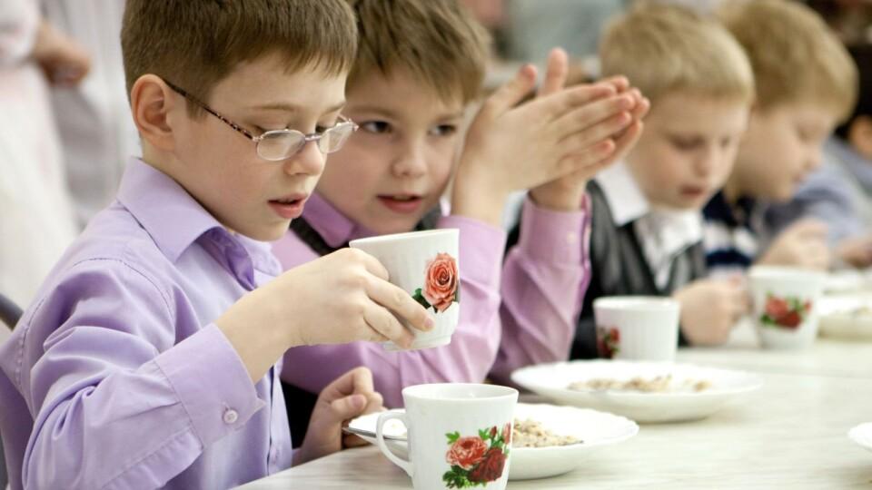 Кого з школярів у Луцьку харчуватимуть безкоштовно