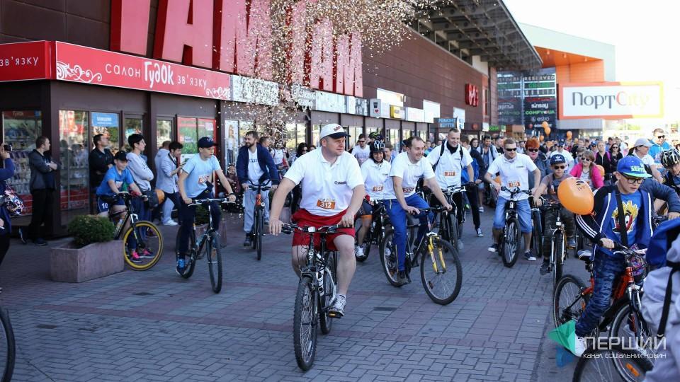 На «Велодень» у Луцьку зібралася рекордна кількість учасників. ФОТО