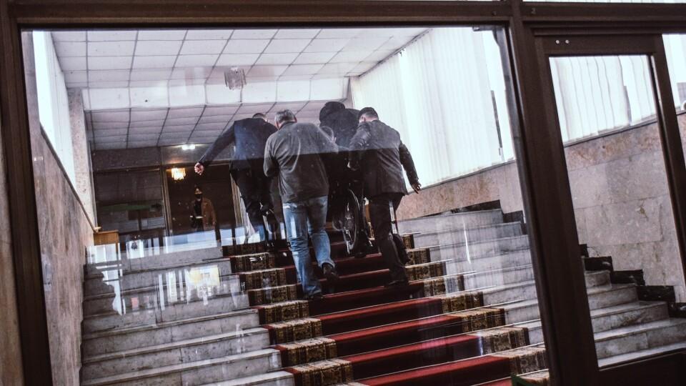 У приміщенні Волиньради хочуть встановити пандус у сесійну залу