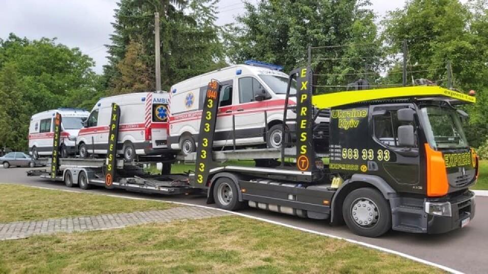 Волинь отримала 14 нових автомобілів «швидкої». Куди вони поїдуть