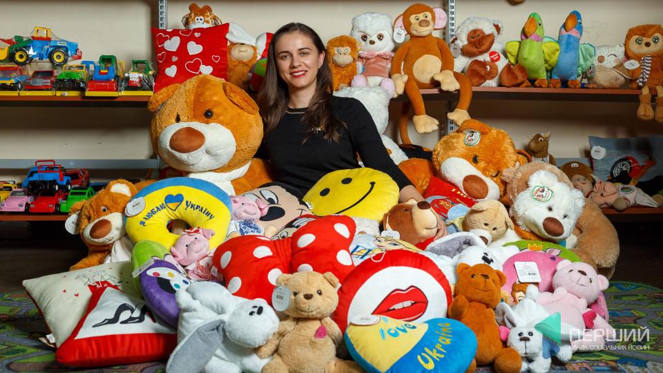 «Іграшкова фабрика, як жінка, змінює «макіяж» щороку», - директор фабрики «Тигрес» Оксана Антонюк