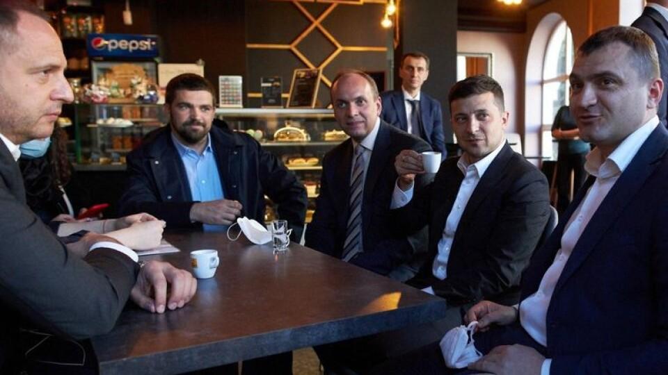 Скандальна кава: суддя сумнівається, чи варто штрафувати Зеленського