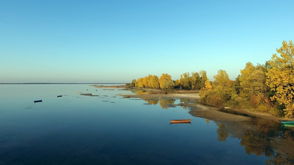 Обміління Світязя. В озері утворилися  три острови, – ЗМІ