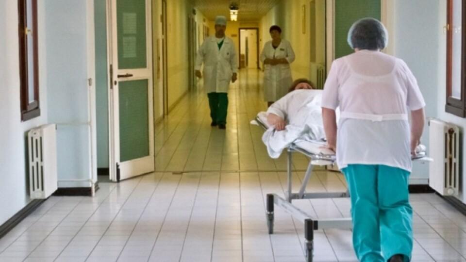 На Волині на коронавірус захворіли вже 20 медиків